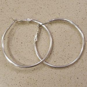 Buy 3, save 15% hoop earings
